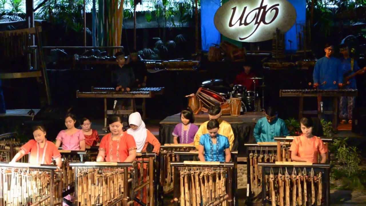 Saung Angklung Udjo - Noor Hotel %
